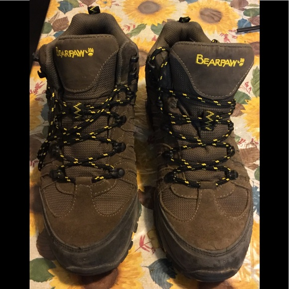 6cf0511cad7 BearPaw Brown Leather Hiking Boots